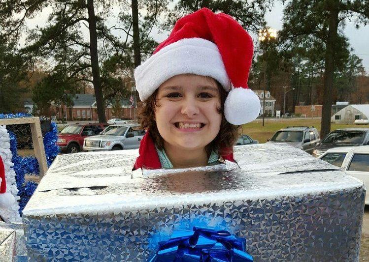 Chesapeake Christmas Parade | Adipsy